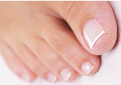 Pedicure Gelish French